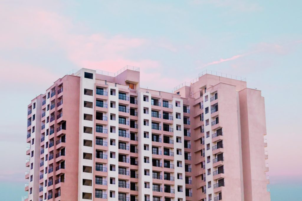 immeuble logement  Photo by Rizwan Sayyed from Pexels